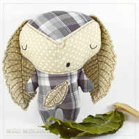 Sleepy Ouriço | stuffed toy for children, gray and brown baby softie, handmade fabric plush doll