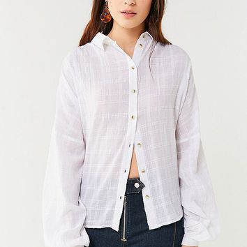 UO Tabby Oversized Plaid Button-Down Top | Urban Outfitters