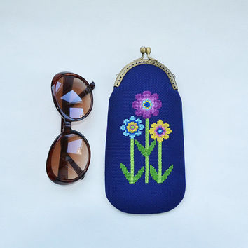 Hand embroidered navy blue eyeglass case | Metal frame phthalo blue eyeglass purse | Flowers cross stitch ultramarine etui |