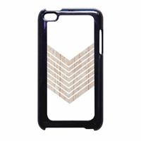 White Geometric Minimalist With Wood Grain iPod Touch 4th Generation Case