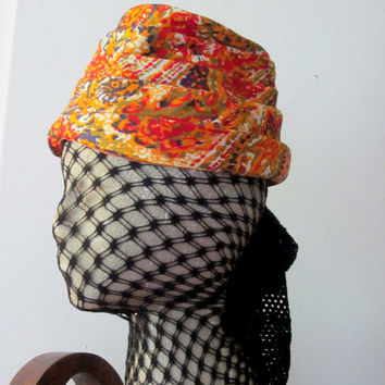 Chic 60s Turban - Paisley Floral Print Hat - Vintage Accessory - FREE SHIPPING