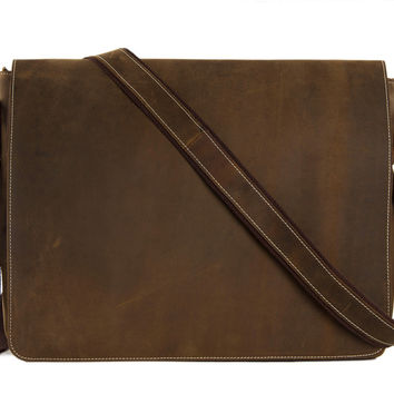 Stockholm Leather Messenger in Coffee Brown
