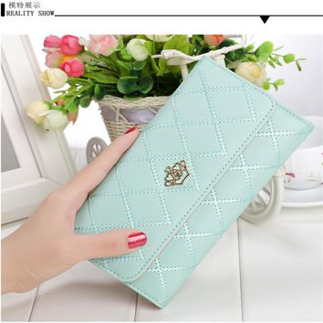 2017 new fashion Korean version of the embroidery Lingge long wallet crown multi-card hand pocket wallet simple and generous