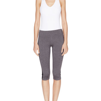 Alo Yoga Colorblocked Athletic Capri - Black - Size M