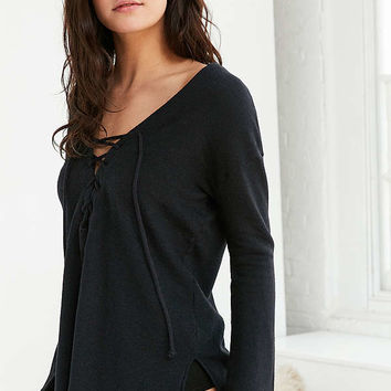 Truly Madly Deeply Lakeside Pullover Top | Urban Outfitters