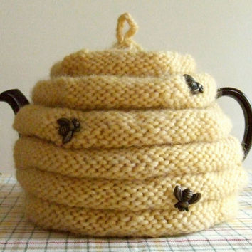 Knitting Pattern-Spouted Beehive Tea Cozy, knit tea cozy pattern, knit tea cosy pattern, knit bee skep pattern, PDf pattern