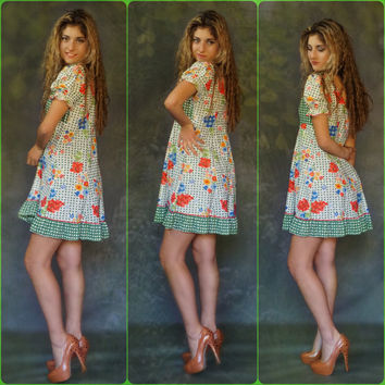 Vintage 60s hippie dress / cute mini flower power summer of love baby doll gown / Haight Ashbury