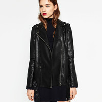 LONG LEATHER-EFFECT JACKET DETAILS