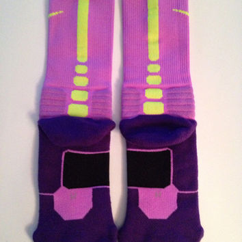 Nike elite Hyperelite socks size M perfect for customizing or wear them as is. New color, Bright Lavender, rare NEW COLOR.