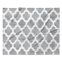 "Amanda Lane ""Gray Moroccan"" Grey White Fleece Throw Blanket"