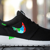 Mens Custom Nike Roshe Run sneakers, Paint Spill, Slime, Colorful slime, lime green, Splatter, black and white nike design