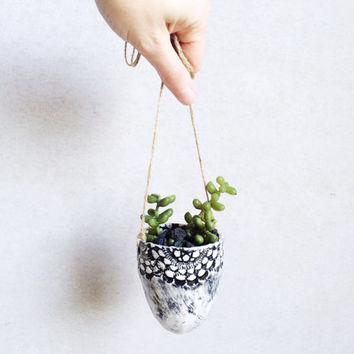 Lace Hanging Planter - Succulent Planter - Lace Ceramics - Garden and Outdoor