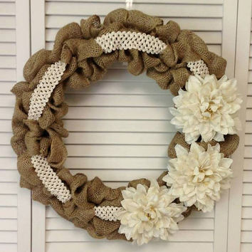 Large Burlap Wreath with Burlap Dahlias and Lace Ribbon, Wreath for All Year, Fall Wreath, Cream Burlap Dahlia, Wreath