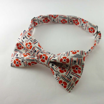 Hawaiian print bow tie mens - floral cotton pre tied adjustable mans bowties - hibiscus print black white and red already tied bow tie