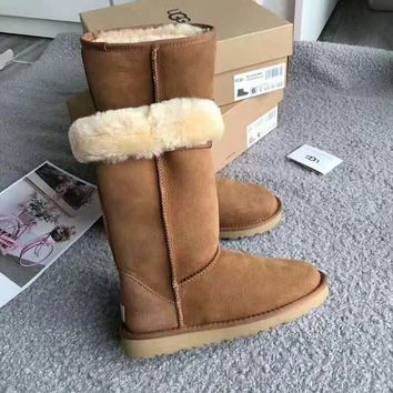 UGG 2018 winter new classic warm plus velvet short tube snow boots