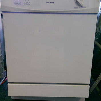 Hotpoint HDA2000V00WW Dishwasher - White - USED