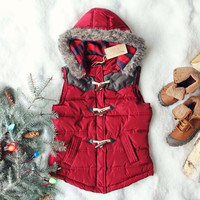 Chalet Cozy Vest in Burgundy