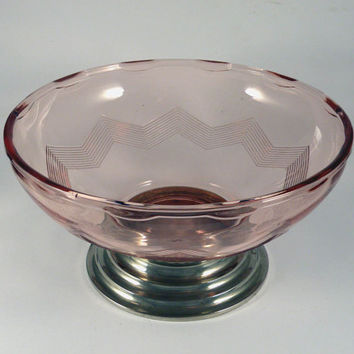 SALE-15% OFF French pink glass dish. French pink glass bowl. Art deco glass dish. Glass fruit bowl. Pink glassware. French glassware French