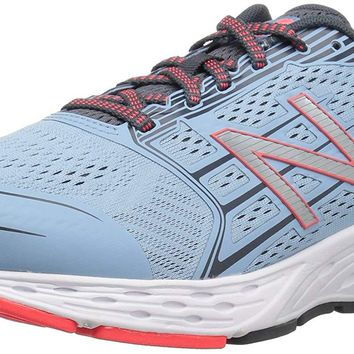 New Balance Women's 680v5 Cushioning Running Shoe