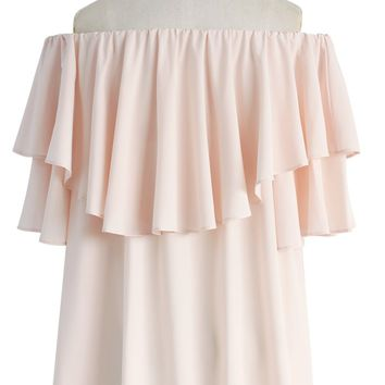 Soft Breeze Frilling Off-shoulder Top in Pink