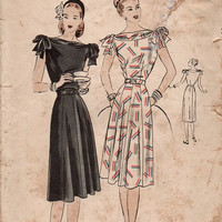 Vintage Vogue Sewing Pattern 1940s Tea Dress Bias Cut Bateau Neck Shoulder Bows Paneled Flared Skirt Bust 34