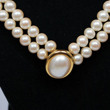 Vintage Double Strand Pearl Necklace Choker Signed LCI Pearl Goldtone Accented Pendant Liz Claiborne
