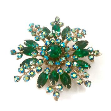 Green Floral Snowflake Rhinestone Brooch, Emerald Green Round & Marquis Stones, Green AB Accents, Unsigned Beau Jewels, Vintage Gift for Her