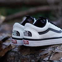 DCCK3 The North Face X Vans Old Skool MTE DX  White