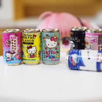 Cute 6pcs/lot 1:6 Scale Miniature Hello Kitty Drinks Miniature Dollhouse Kitchen Food Toys Accessories