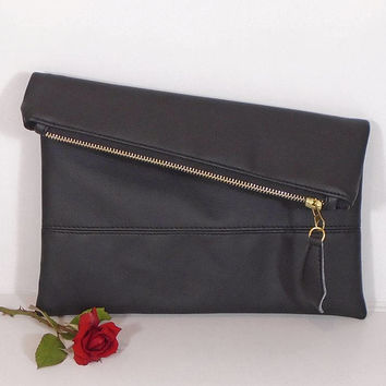 Foldover leather clutch, black Evening clutch, wedding clutch for bride, black leather purse, gift for bridesmaids, monogrammed clutch