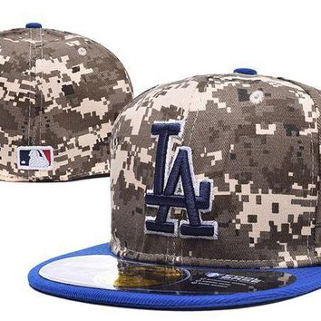 LMF8KY Los Angeles Dodgers 59FIFTY MLB Baseball Cap Cool Base Camouflage
