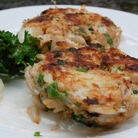 BEST Crab Cakes with Lemon Aioli | Cook. Eat. Love.