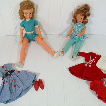 Vintage Tammy & Sister Pepper Dolls Set of 2 - Retro Ideal Toys Corp. Mid Century Barbie Style Dolls with 5 Original Vintage Fabric Outfits