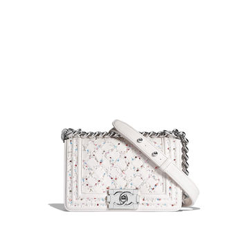 CHANEL Fashion - Small BOY CHANEL handbag