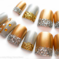 Metallic Nails, Gold and Silver 3D Nails, Fake Nails, Rhinestones and Glitter Press on Nails