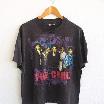 ON SALE 25% Vintage 80's The CURE New Wave Robert Smith The Prayer Tour 1989 Gothic Goth Punk Tee T shirt Size L