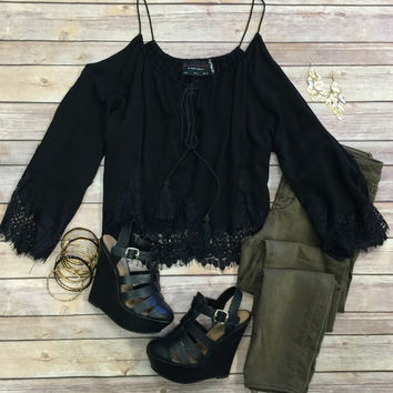 Rare Beauty Laced Crop Top: Black