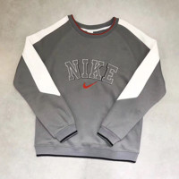 NIKE Fashion Embroidery Logo Pullover Sweater