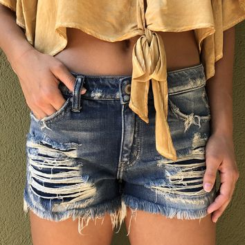 Kan Can Distressed Denim Shorts - Medium Wash