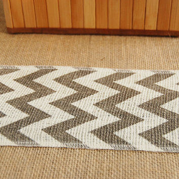 Wedding Table Runner, Burlap, White and Gray Chevron, Rustic Wedding, Party Decoration, Custom Length Available