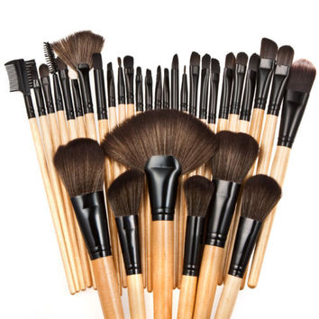 32pcs Pro Wooden Makeup Brushes Set Soft Powder Foundation Lip Eyebrow Shadow Fashion Make Up Brush Set Kit + Pouch Bag
