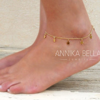 Dainty Star Charms Anklet, Gold Star Anklet, Delicate Gold Anklet, Layering Anklet, Gold Foot Jewelry, Star Ankle Bracelet.