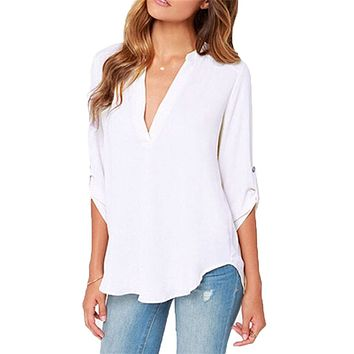 Womens V Neck Quarter Sleeve Top in White