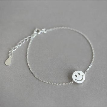 Hot Sale 925 Sterling Silver Jewelry Personality Brushed Super Cute Smile Funny Face Emoji Female Bracelet   SB8