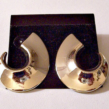 Wide Band Crescent Hoops Pierced Earrings Gold Tone Vintage Half Curved Smooth Reflective Open Round Discs