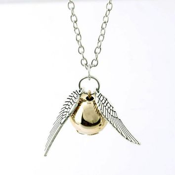 Harri Potter Metal Necklace Men Vintage Style Angel Wing Golden Snitch Pendant Necklace Action Figure Toys For Children