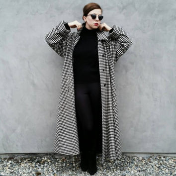 Vintage Houndstooth Trench Coat, Oversized 80's Women's Coat