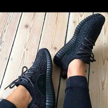 😍Adidas Men & women yeezy boost sneakers casual & running sports 👟