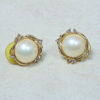 Vintage Faux Pearl and Rhinestone Post Earrings Goldtone Leaf