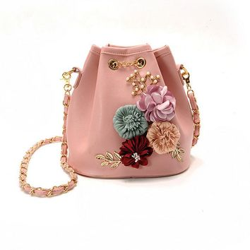 Handmade Flowers Bucket Bags Mini Shoulder Bags With Chain Drawstring Small Cross Body Bags Pearl Bags Leaves Decals BS88